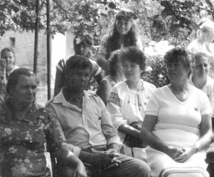 Слушаем рассказ Гены о наказании Мамы за курение. 1987 год.