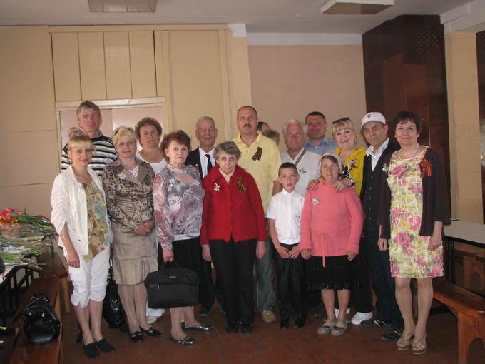 Деревские - дети, внуки, правнуки - гости в СШ № 2. 2012.