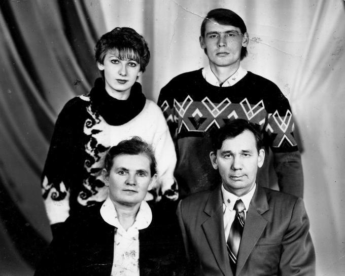 Деревские - семья Вали большой.