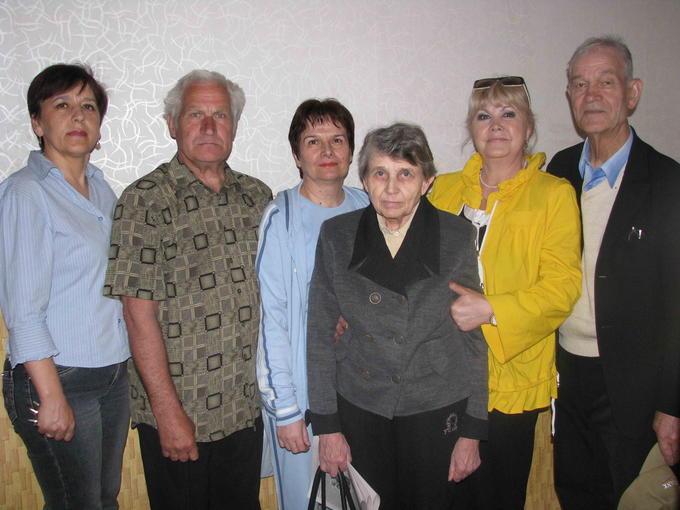 Деревских встречают в интернате. 2012.