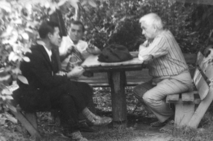 1977. Встреча Деревских - писатель Георгий Константинович Семёнов наш гость.