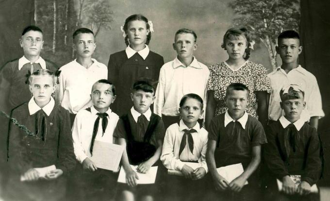 Деревские в С-Будском детском доме. 1953 год. Деревские. Из семейных архивов.