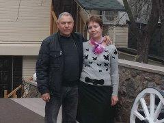 Сергей и Вера Деревские, внуки - сын Вениамина с женой.